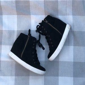 Steve Madden Black Wedge Sneakers!